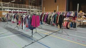 Kleider und Jacken März 2015 komprimiert